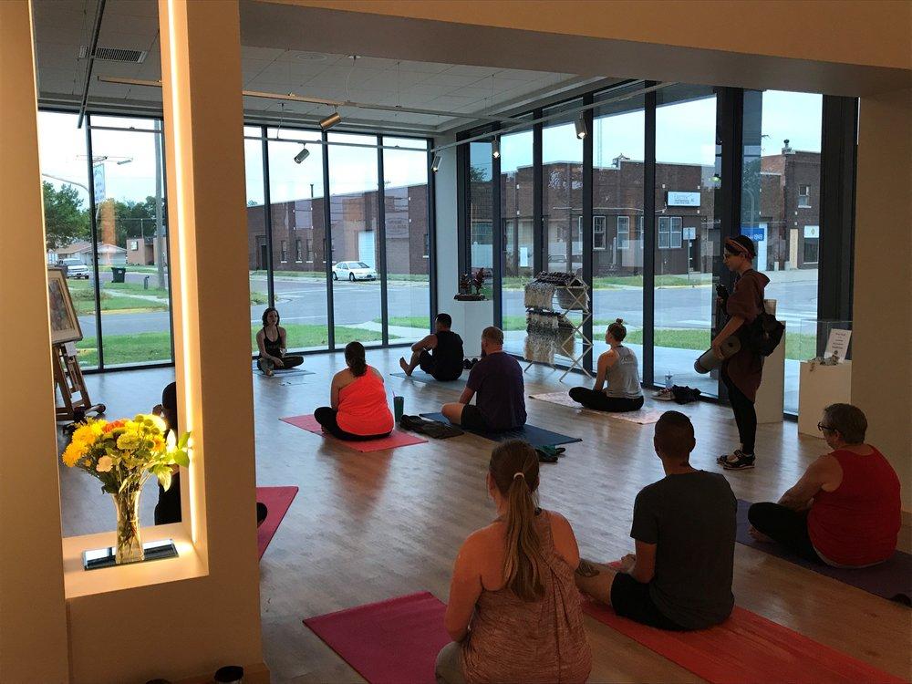yoga class pic 5.jpg