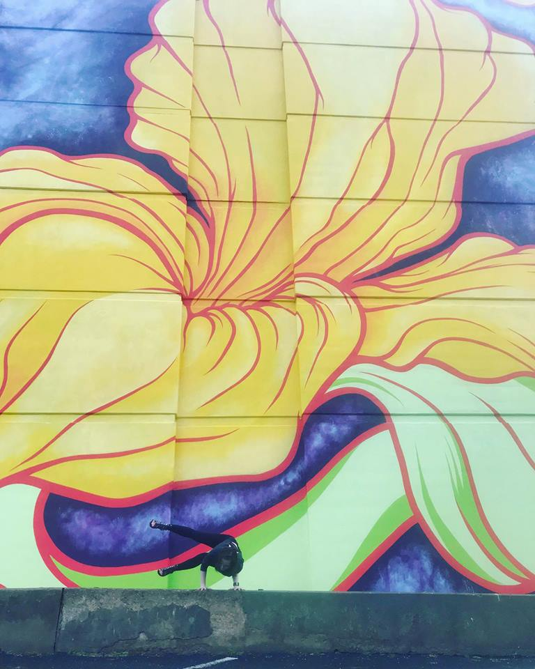 mural yoga.jpg