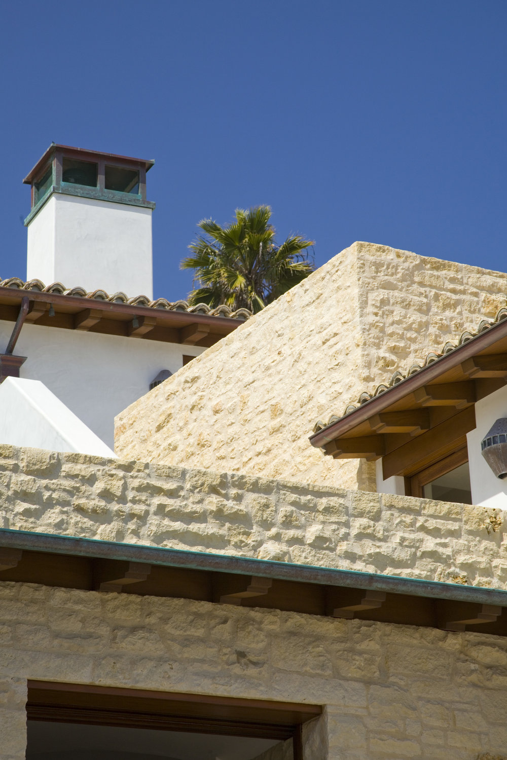 Ext eave and copper gutter.jpg