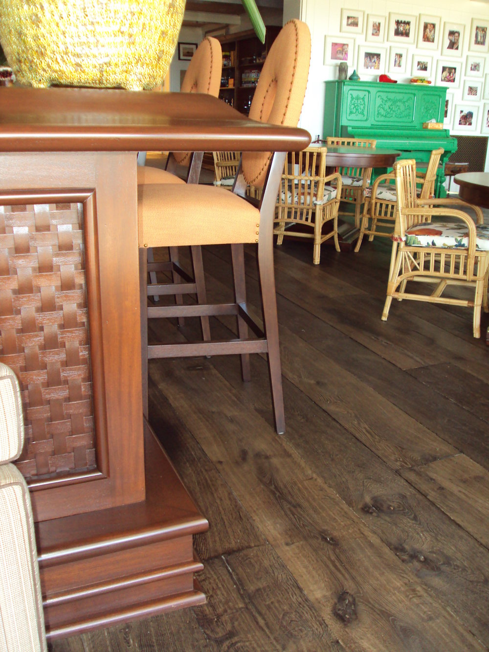 Pub Chairs & Counter Shape.JPG