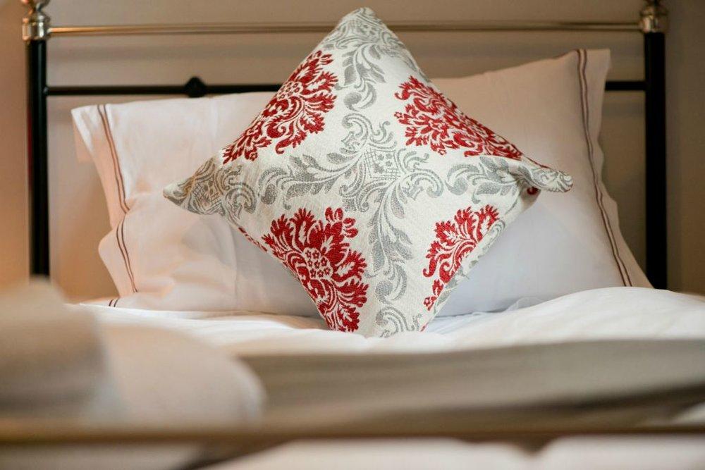 Ronnies room single bed.jpg