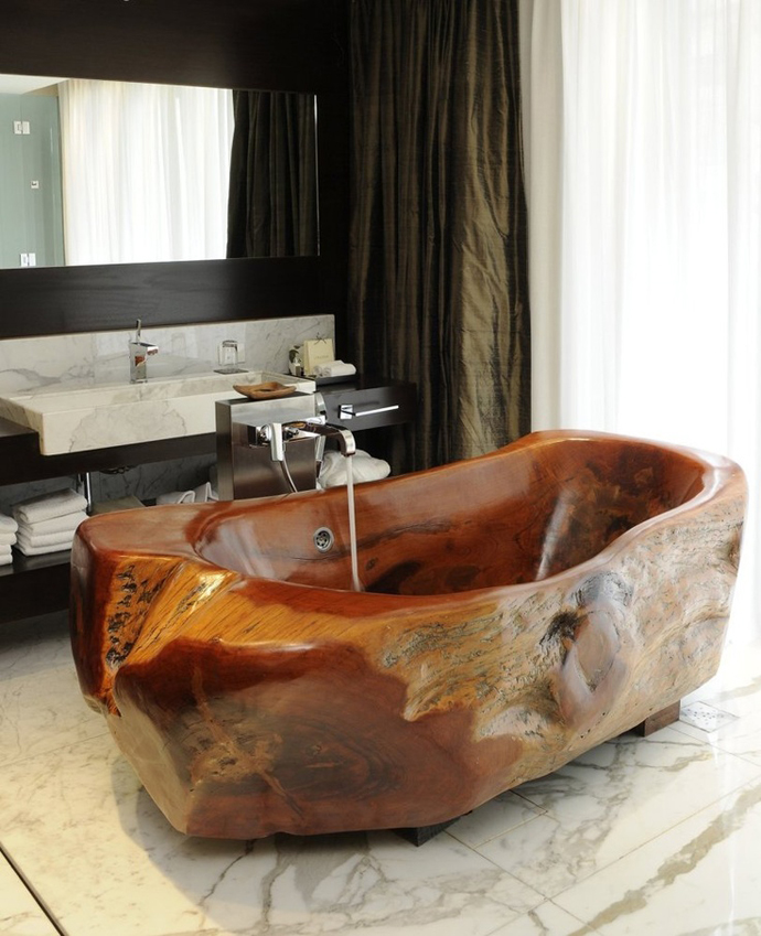 wooden bathtub.jpg
