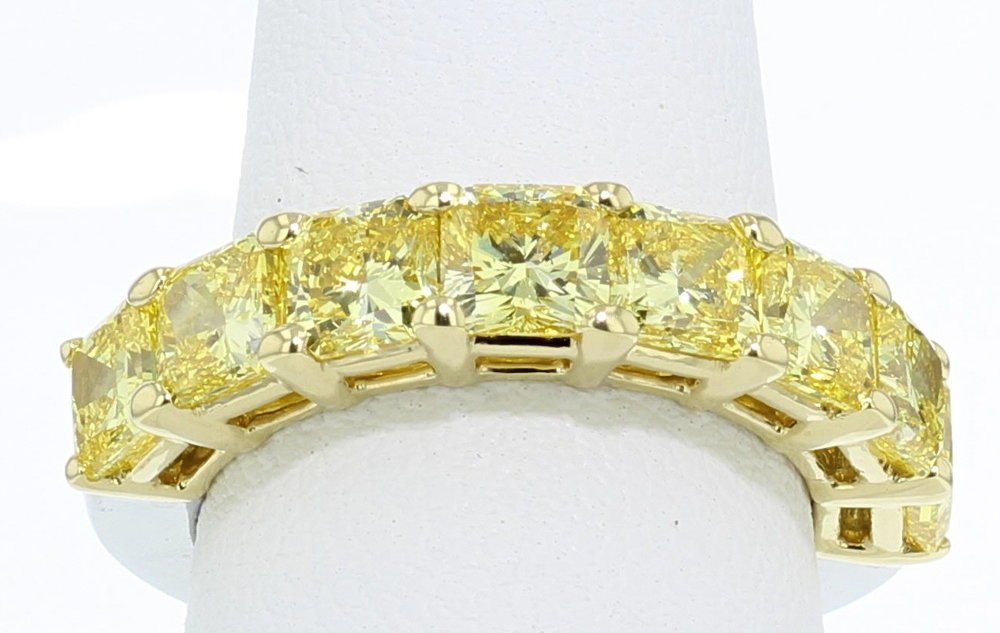 yellow lab diamond wedding band