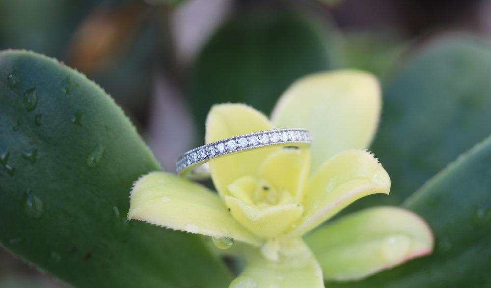conflict-free lab diamond eternity band