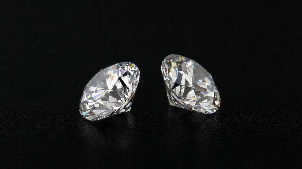 the-four-cs-of-lab-diamonds.jpg