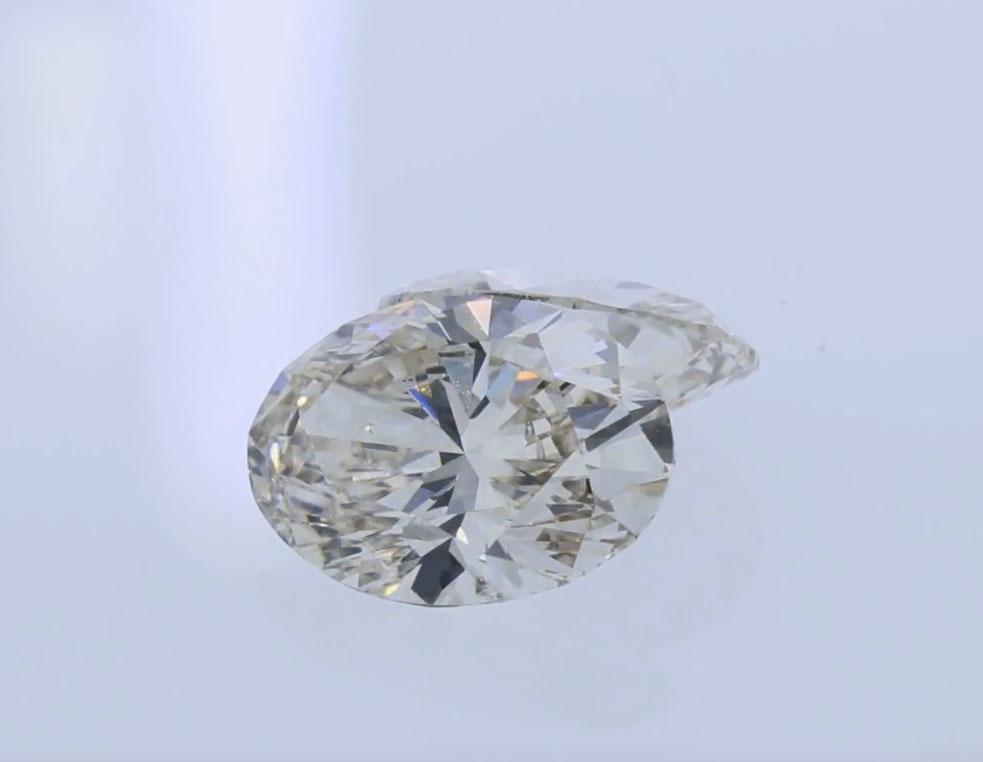 j color oval diamond.jpg