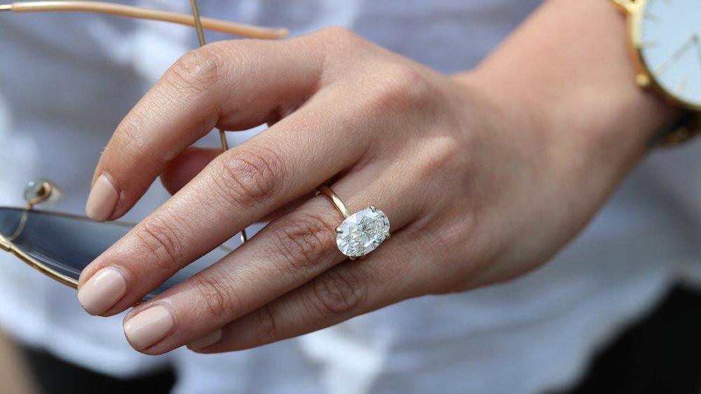 oval-lab-diamond-engagement-ring-AD143-p.jpg