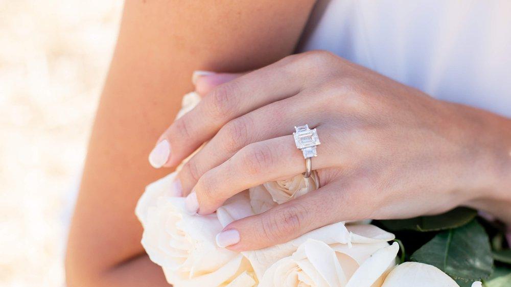 three stone emerald lab diamond engagement ring ad-114