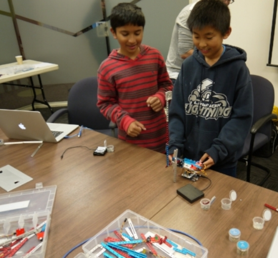 Robots+that+Teach+Math+and+Science+Skills+to+Elementary+School+Students (1).jpg
