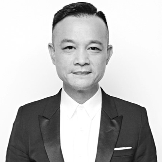 CHIEF CREATIVE OFFICERCHEILHONG KONG -