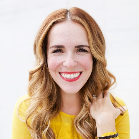 RachelHollis.Headshot.PhotoCredSamiCromelin.jpg