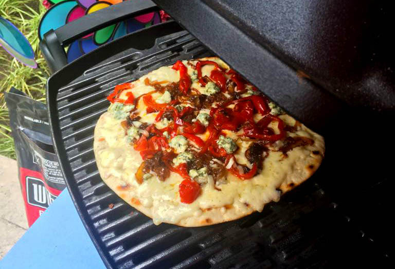 Pizza-Veggie-QuesoAzul-3.jpg
