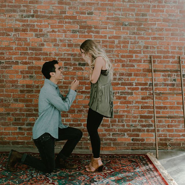 y'all we had a freakin PROPOSAL in the studio yesterday! a huge congrats to juan and molly!!!! 🎉😭🎉