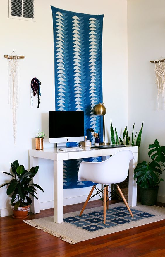I absolutely love How Stylist Chy, hung her scarf in her home office. Isn't it dreamy?