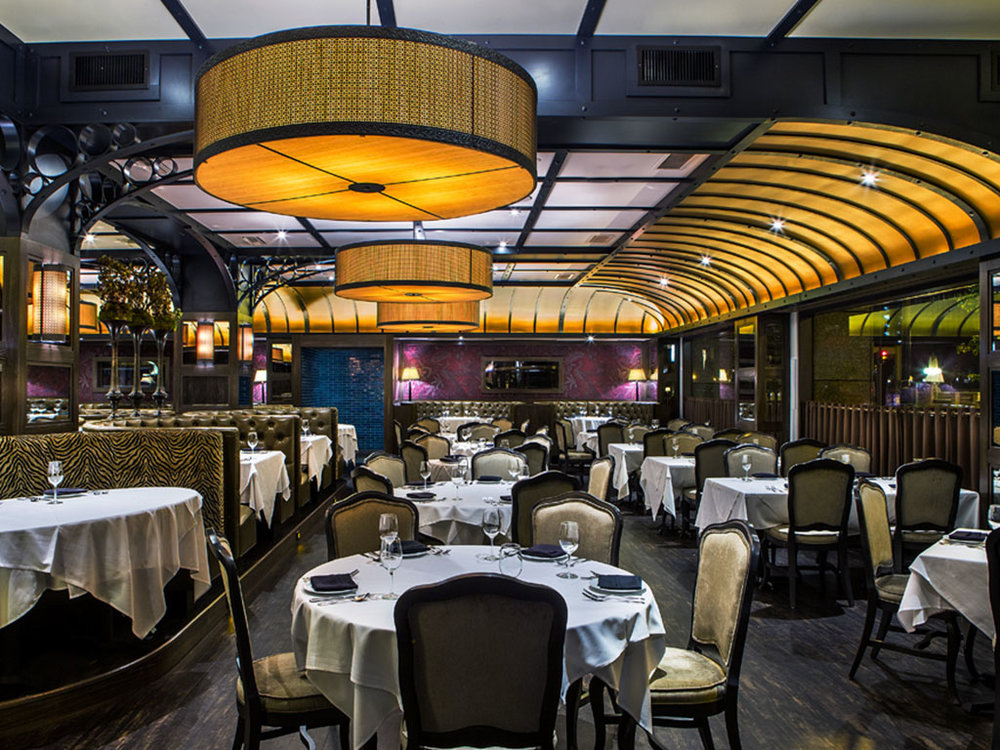Prime & Provisions    ±17,666 sf   222 N LaSalle Drive | Chicago
