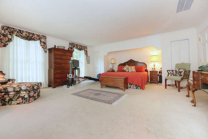 811-Old-Trents-Ferry-Rd-small-036-49-Master-Suite-666x445-72dpi.jpg