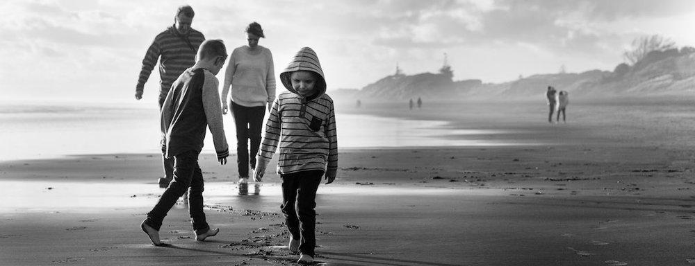 Black & white family photo autumn West Auckland.jpg