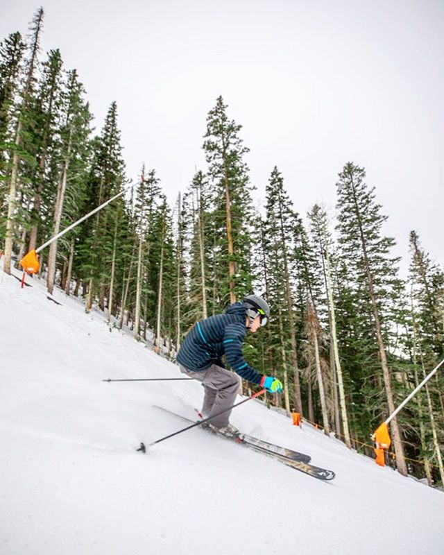 We got snow this weekend! It's time to hit up those powdery slopes :) • 📷: @freedomwaffle • #unmtnclub #newmexicotrue #skinewmexico #optoutside #powder