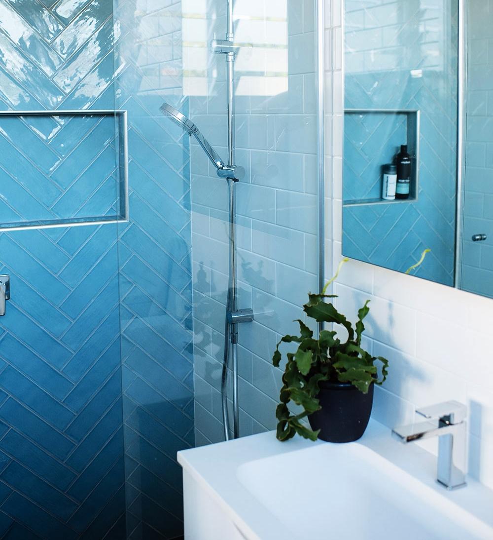 Days-building-construction-Adamstown-bathroom-feature.jpg