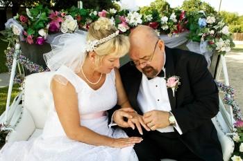 weddingpicture2.jpg