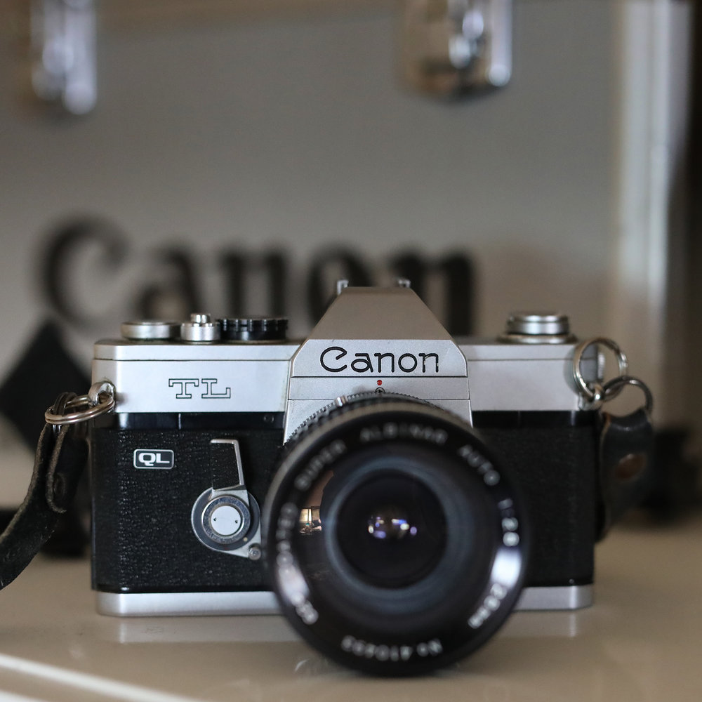 Canon TL Film SLR AA5_6015 1800sq.jpg