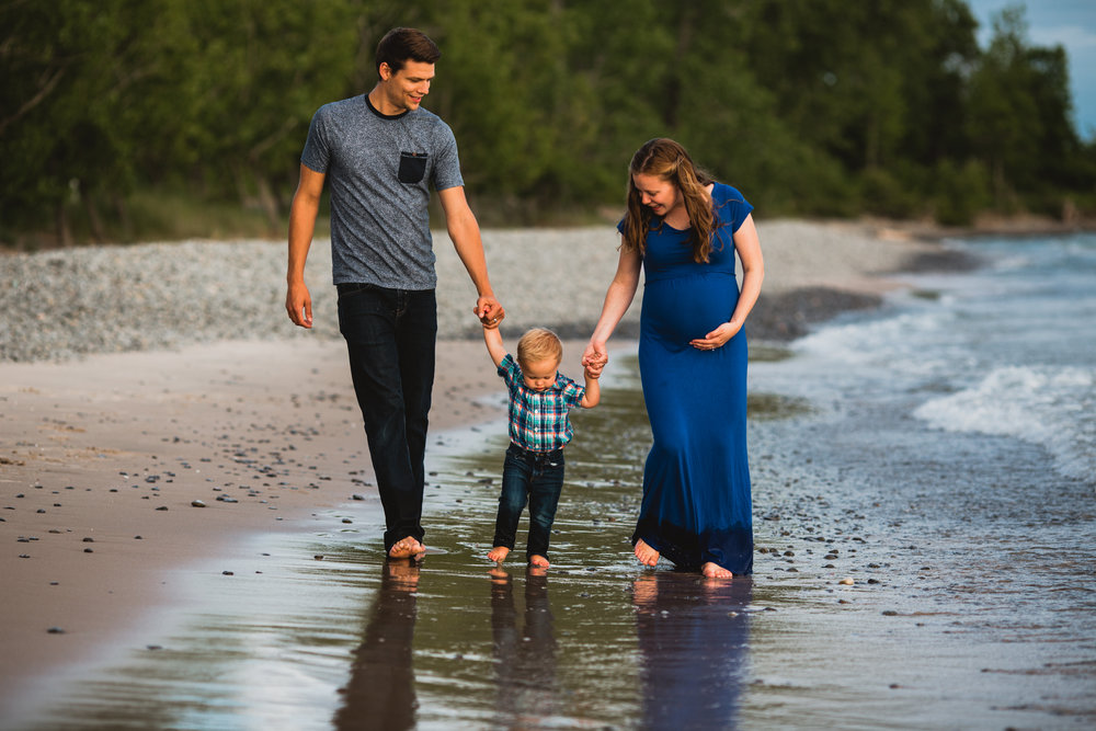jessalyn prins photography maternity session family photography belleville photographer kingston photographer