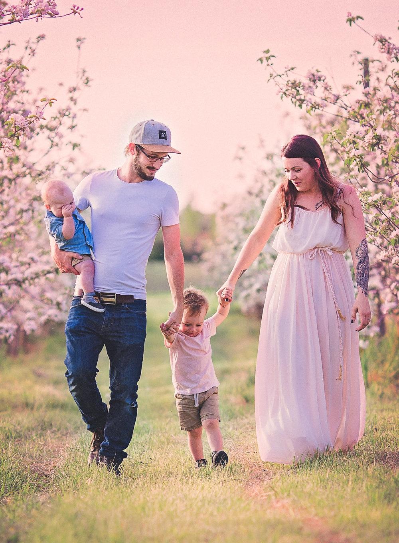 Kaylee Family Session-0034.jpg