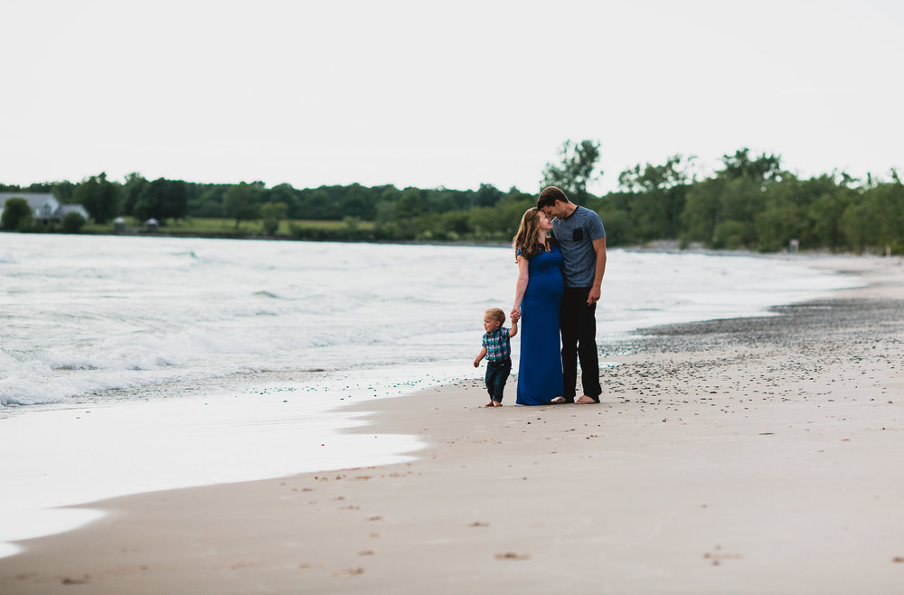 Avery and Trevor Maternity and Family Session-0001.jpg