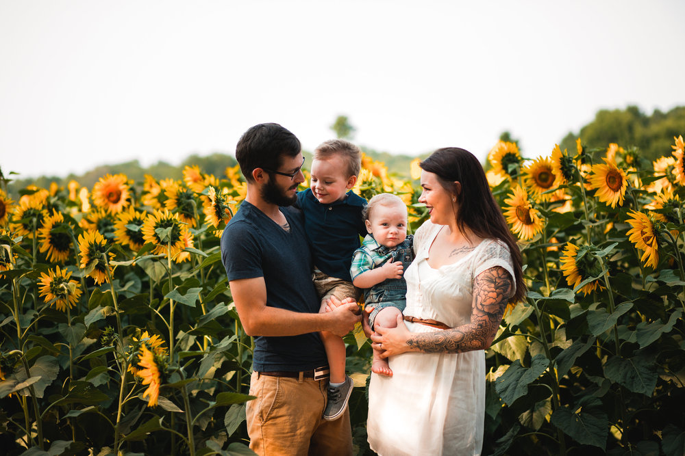 Kaylee and Robert Family Sunflower Session-Kaylee and Robert Family Su-0005.jpg