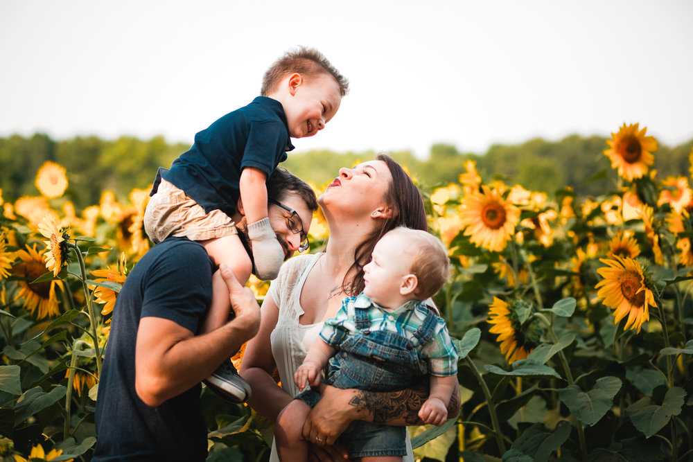 Kaylee and Robert Family Sunflower Session-Kaylee and Robert Family Su-0021.jpg