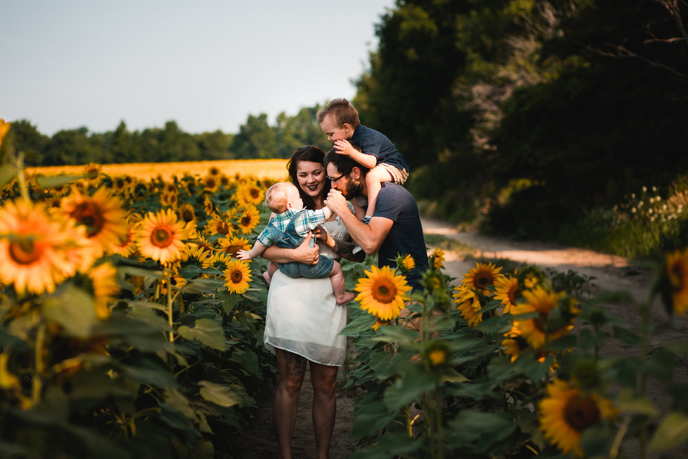 Kaylee and Robert Family Sunflower Session-Kaylee and Robert Family Su-0040.jpg