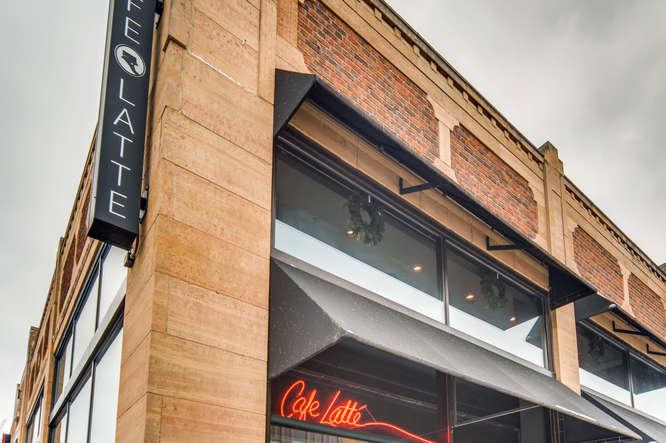 1089 Fairmount Avenue Saint-small-017-17-Cafe-666x444-72dpi.jpg