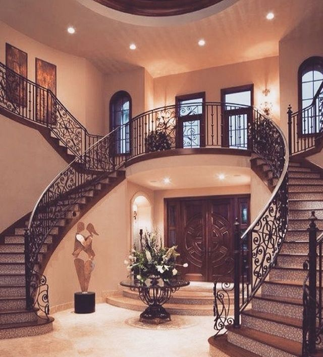 Foyer goals! ❤️ I love a twin staircase. 😍😍 #realestatelife 🏡 🏡 🏡 🏡 🏡 🏡 📸: cred unknown  #renovating #fempreneur #realestateinvestor #womeninspiringwomen #womenintech #realestateinvesting #remodeling #femaleempowerment #realestateinvestment #womenwholead #newhomeowners #shemeansbusiness #bossmoves #homeowner #liveyourbestlife #homeowners #femaleentrepreneurs  #womenwhohustle #femalebusinessowner #womensupportwomen #feminists #dreamhouse #businesswoman #successfulwoman