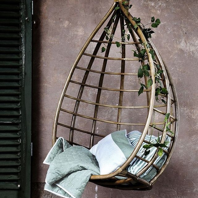 We're continuing the #hangingchair vibe with this beauty. ✨ This is an accessory I would to have anywhere! ✨ ✨ ✨ ✨ ✨ ✨ 📸: cred unknown  #womeninrealestate #fempreneur #realestateinvesting #womeninspiringwomen #realestateinvestor #bossup #bosschick #femaleempowerment #homeowners #womenwholead #bossmom #shemeansbusiness #bossmoves #femaleceo #girlbosses #homeowner #femaleentrepreneurs  #womenwhohustle #femalebusinessowner #womensupportwomen #feminists #workingwoman #businesswoman #successfulwoman #passiveincome