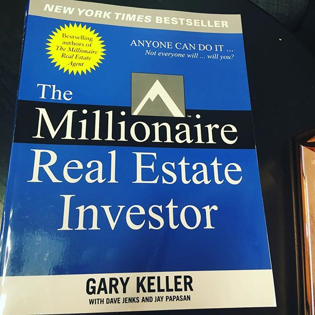My latest read! I can't wait to share what I learn from this book. In the world of real estate investing, one thing is true-you never stop learning and you never 'know enough'. #realestateinvesting  #theautomatedlife ✨ ✨ ✨ ✨ ✨ ✨ ✨ 📸: @theautomatedlife  #womeninrealestate #fempreneur #realestateinvesting #womeninspiringwomen #realestateinvestor #bossup #bosschick #femaleempowerment #homeowners #womenwholead  #shemeansbusiness #bossmoves #femaleceo #girlbosses #homeowner #femaleentrepreneurs  #womenwhohustle #femalebusinessowner #womensupportwomen #feminists #workingwoman #businesswoman #successfulwoman #passiveincome