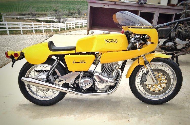 1971 Norton Commando 750 Production Racer Dean Collinson Restorations