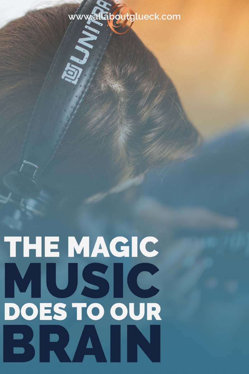 Positive music = positive thoughts! Want a playlist matching this equation? http://bit.ly/magicmusicbrain