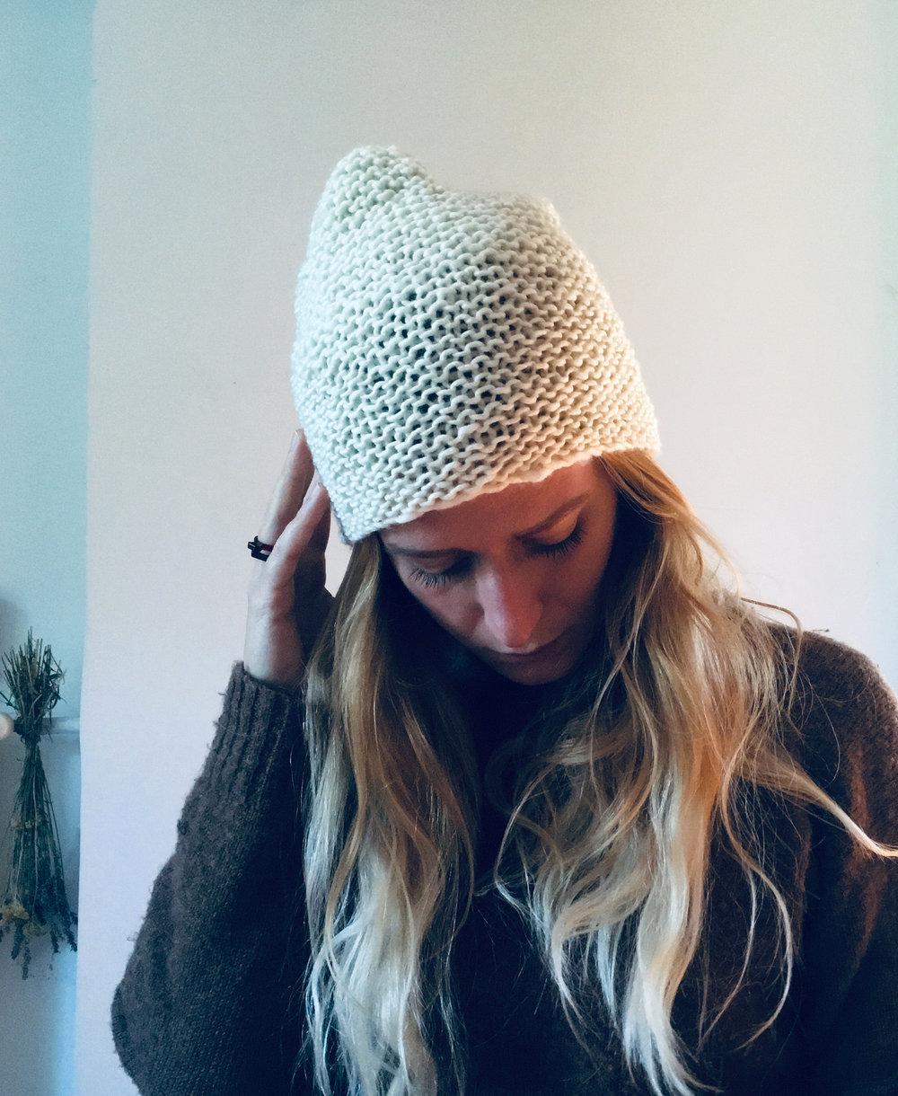wool_done_vea_beanie_knitting_kit_8.jpg