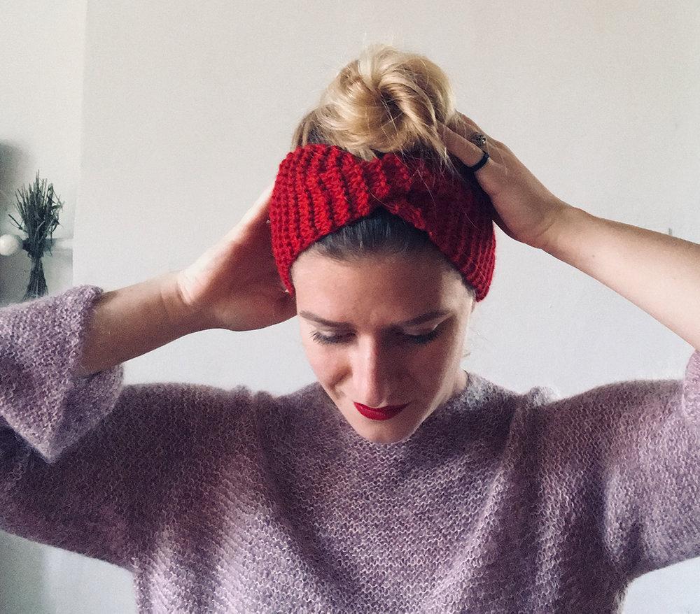 wool_done_alice_headband_knitting_kit_2.jpg