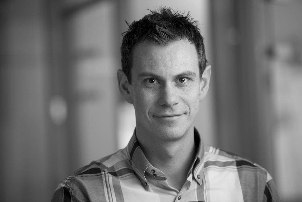 Rasmus Z. Høseggen - Seniorrådgiver, Ph.D.Spesialfelt: Teknisk byggherreombud, inneklima. Energi- og klimatekniske simuleringer.rzh@evotek.no