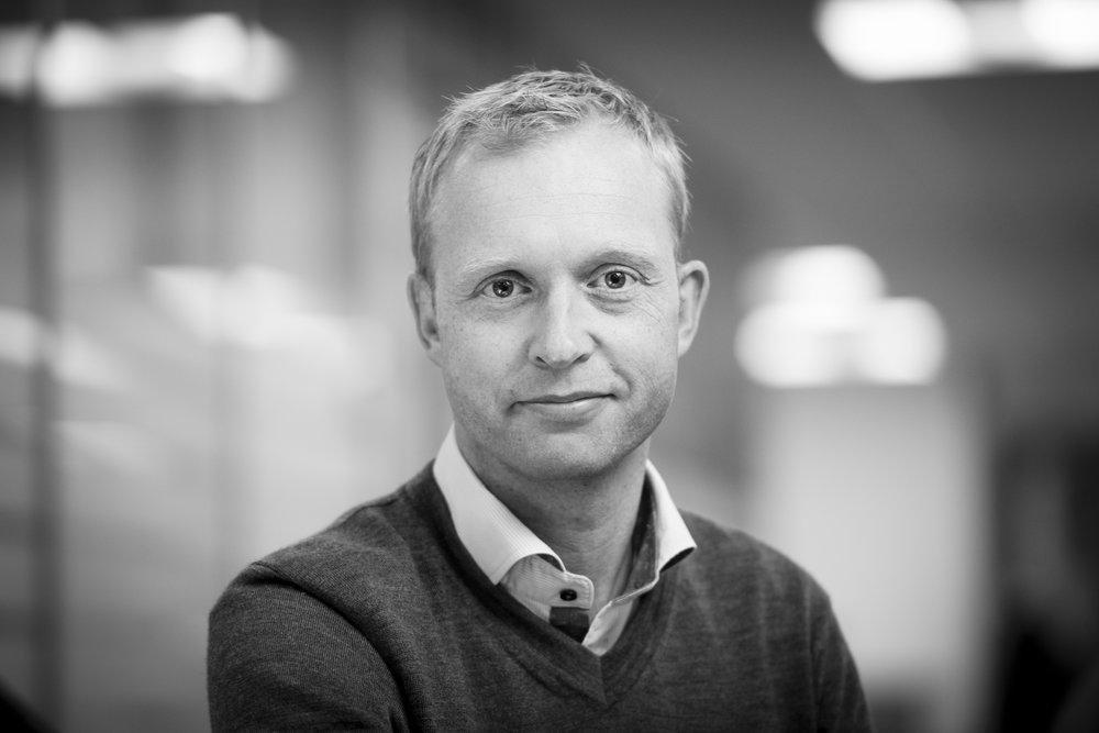 Stian Kristiansen - SeniorrådgiverSpesialfelt: Automasjon i bygg ig reguleringstekniske analyser.sk@evotek.no