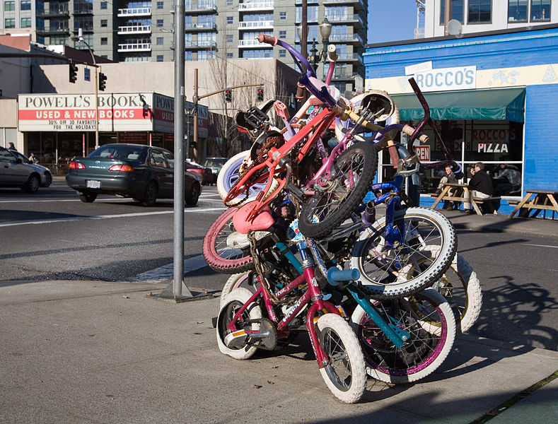 The Zoobomb pile in Portland, Oregon (Photo by Cacophony)