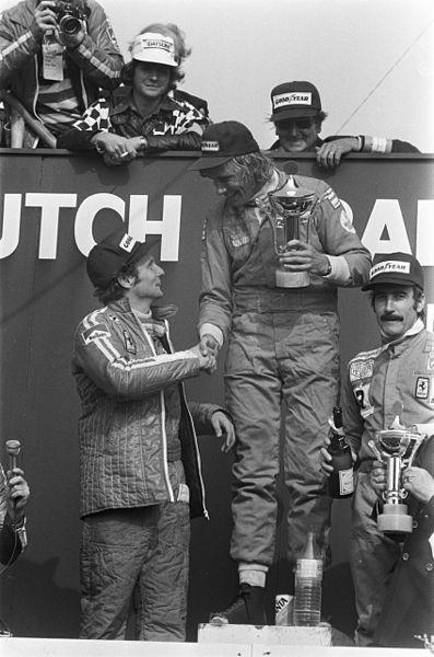 James Hunt shakes Niki Lauda's hand after winning the 1975 Dutch Grand Prix (C.C. Z105space)