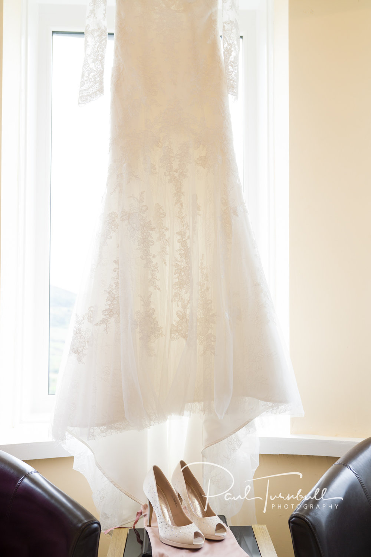 wedding-photographer-raven-hall-ravenscroft--scarborough-yorkshire-lucy-ryan-005.jpg