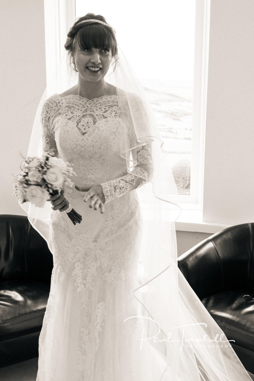 wedding-photographer-raven-hall-ravenscroft--scarborough-yorkshire-lucy-ryan-019.jpg