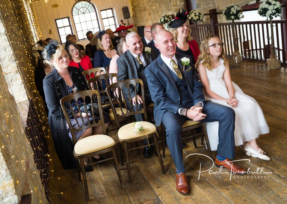 wedding-photographer-raven-hall-ravenscroft--scarborough-yorkshire-lucy-ryan-041.jpg