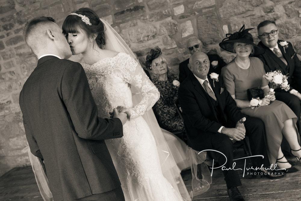 wedding-photographer-raven-hall-ravenscroft--scarborough-yorkshire-lucy-ryan-057.jpg