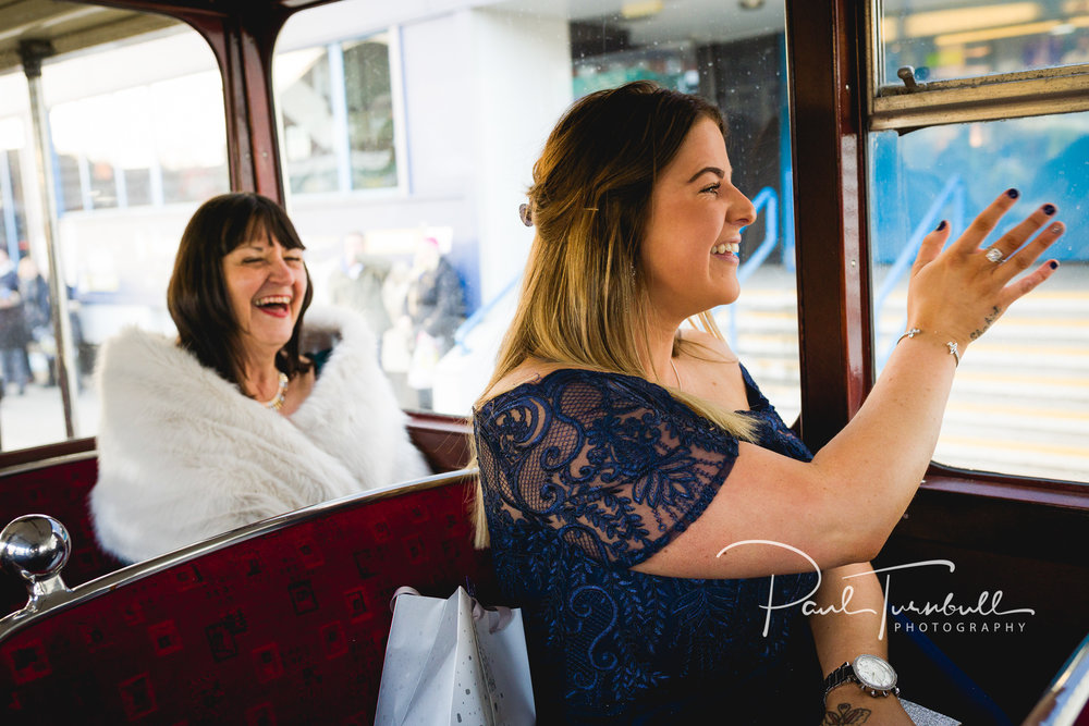 wedding-photographer-leeds-town-hall-007.jpg
