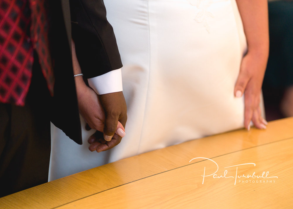wedding-photographer-leeds-town-hall-024.jpg