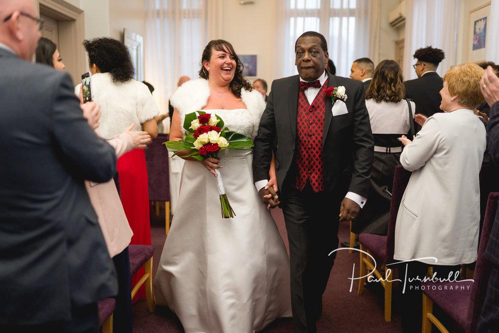 wedding-photographer-leeds-town-hall-028.jpg